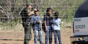children crossing border